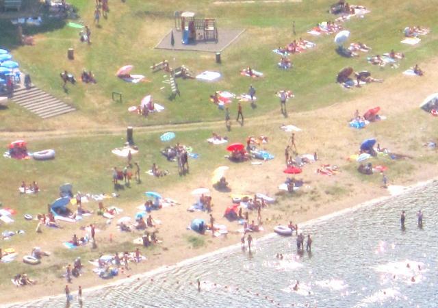 la plage de la Chazotte en juillet