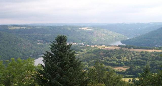Le plan d'eau vue de Rochebriant